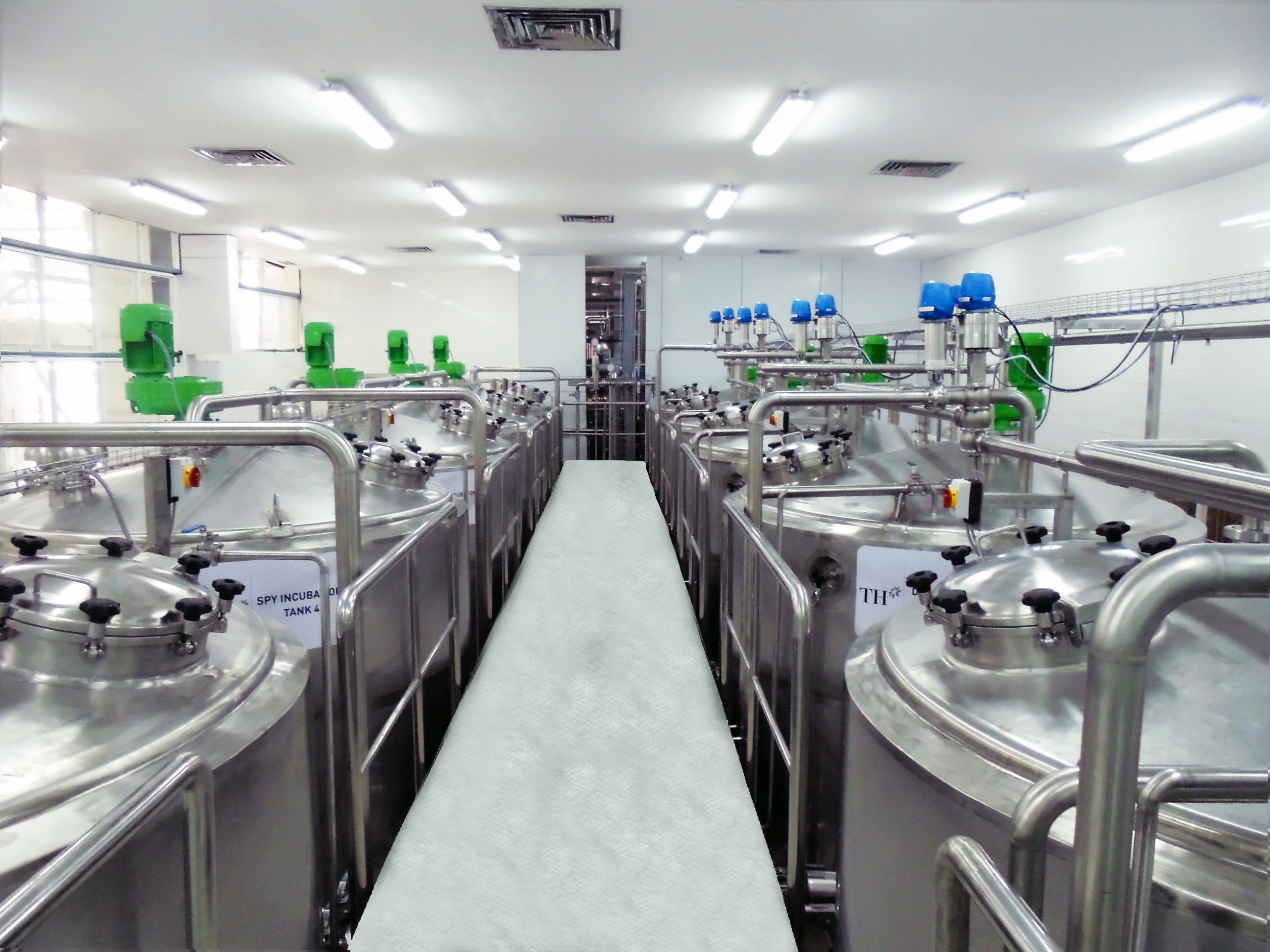 Thiết bị phục vụ sản xuất chế biến sữa